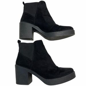 Topshop Black Suede Chunky Platform Pull On Boots